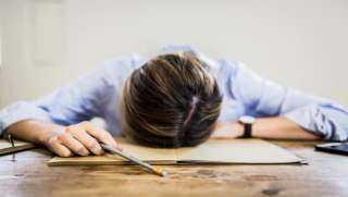 الصحة العالمية: ساعات العمل الطويلة تزيد عدد الوفيات بأمراض القلب