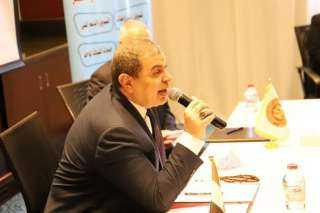 القوي العاملة بالقاهرة تنظم ندوة تثقيفية عن قانوني العمل والتأمينات الاجتماعية